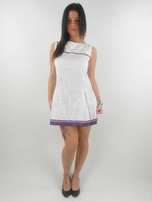 original-Skunkfunk-Kleid-Sommerkleid-Betolatza-weiss-ausgestellt-Muster